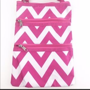 Handbags - Cute chevron handbag